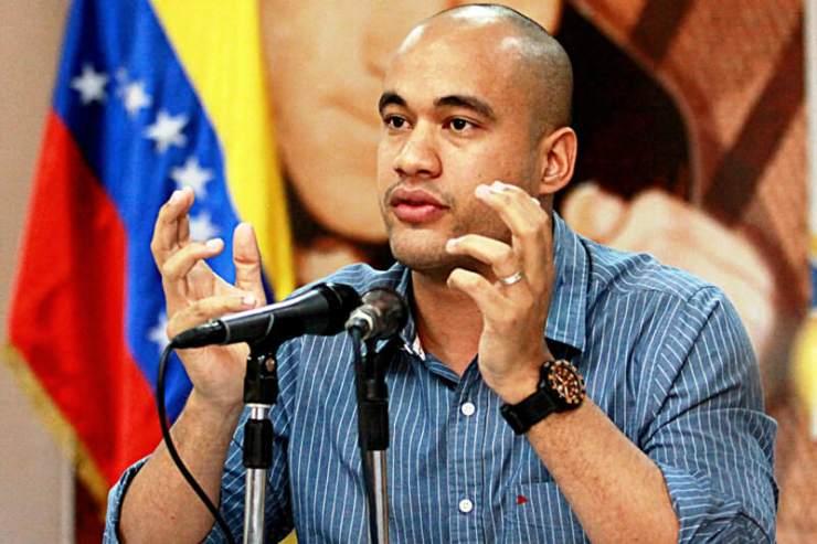 Hector-Rodriguez-Ministro-de-Educacion-01-12-2015-6-800x533.jpg