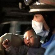 rescatan-bebe-en-terremoto-de-japon
